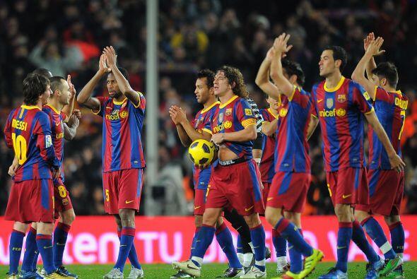 Barcelona se quedó con el triunfo por un humillante 5-0 y asumió el lide...