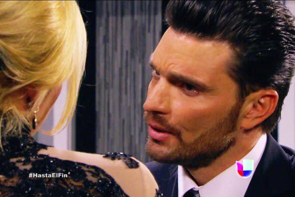 No lo entiendes Patricio, Sofía no te ama y tu peor enemigo te está gana...