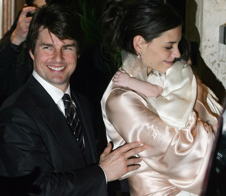 US superstars Tom Cruise (L) and his fiancee Katie Holmes, holding their...