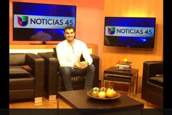 A finales de agosto, Mister Venezuela Jesús Zambrano nos acompañó en viv...