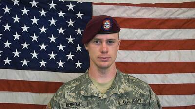 Militar Bowe Bergdahl afronta la pena de cadena perpetua en una corte ma...