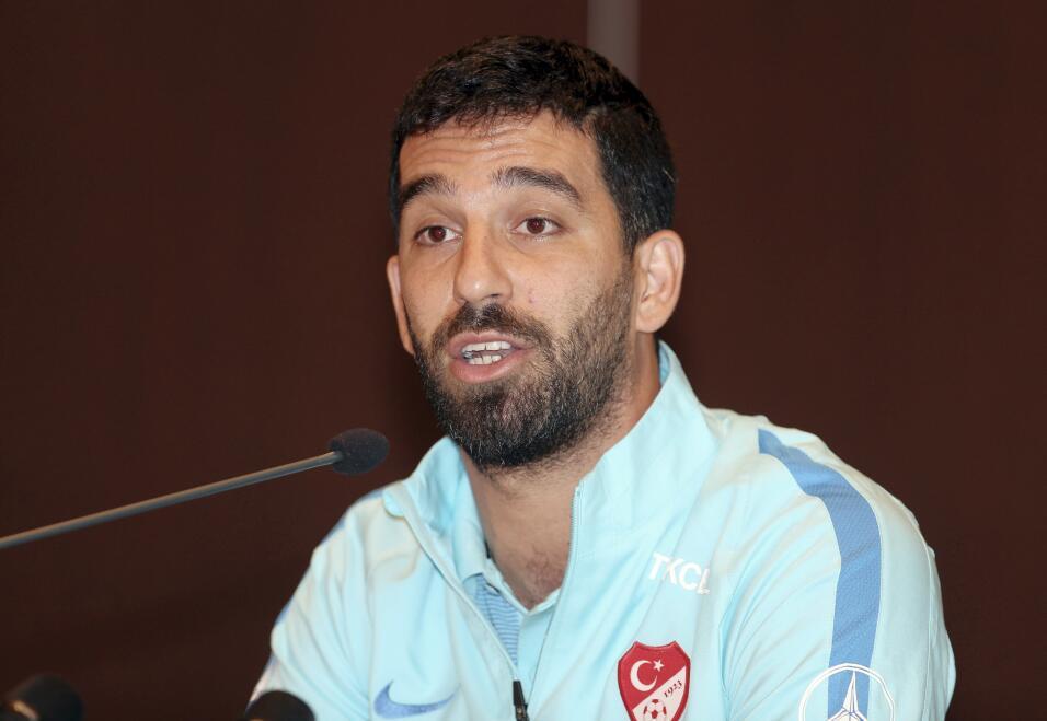 Howedes a un paso de fichar con la Juventus AP_17157572803631.jpg