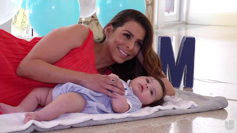 Lourdes y el bebe