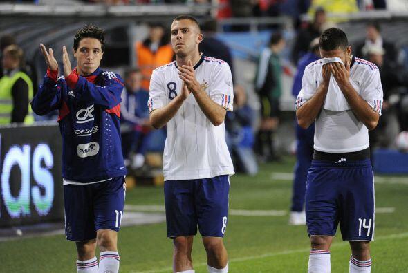 Francia perdió 2-1 y tendrá que trabajar mucho para mejorar sus carencias.
