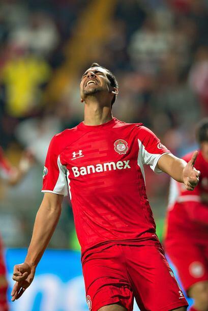 Pablo Velázquez es el goleador de Toluca dentro del área es letal y en 9...