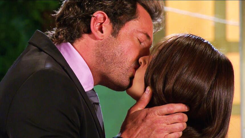 Adriana Louvier tuvo mucho amor en Yo No Creo En Los Hombres  4847C1C6CD...