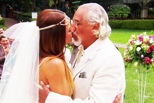 Por fin Jennifer, estás casada con don Nicolás. Te deseamos una gran sue...