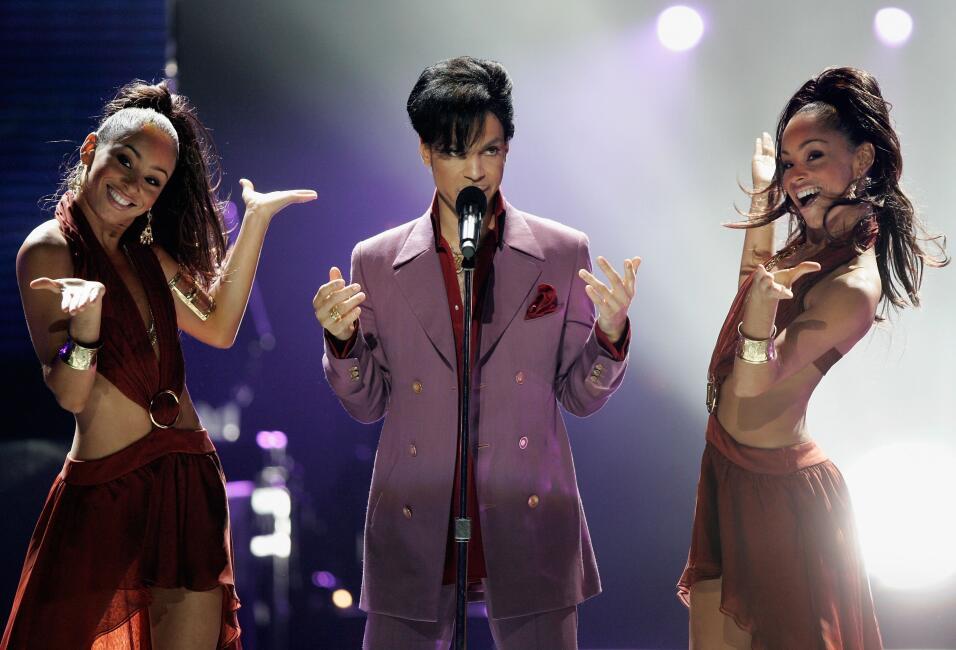 Prince, leyenda de la música, muere a los 57 años GettyImages-71039529.jpg