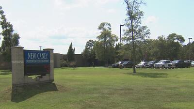 Padres de una escuela de Texas no podrán ingresar al plantel sin una identificación válida del estado