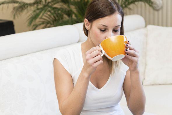 Bebe mucho líquido. Incrementa tu consumo de agua, bebidas deportivas y...