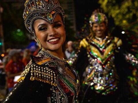 El mundo está de fiesta con el inicio de los carnavales.