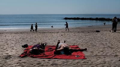 Bill de Blasio inaugura oficialmente la temporada de playa en Nueva York