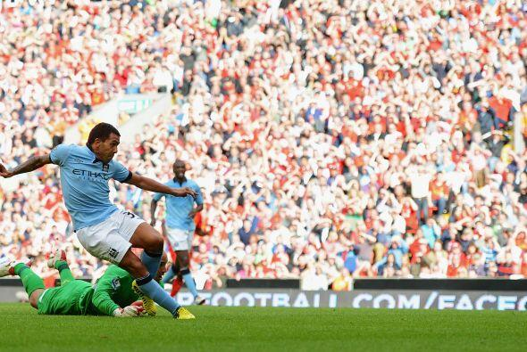 Pero faltaba lo que dijera el argentino Carlos Tévez al minuto 80.