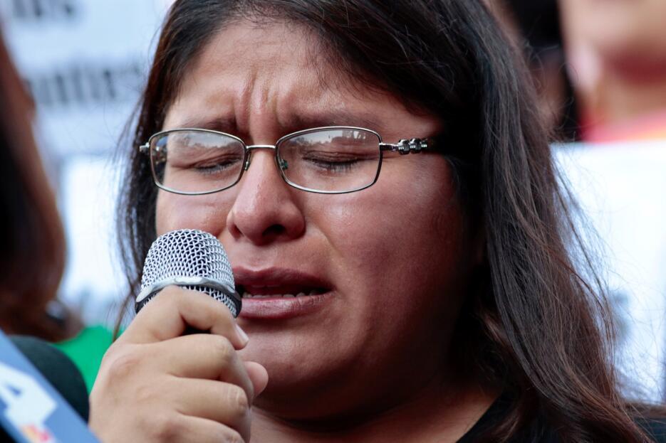 María Ramos no pudo contener el llanto luego del anuncio de la administr...