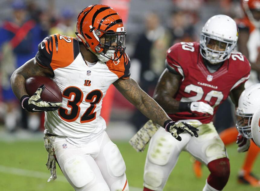 Los 30 jugadores con más puntos de fantasy en la semana 11 de la NFL 25.jpg