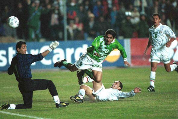 La segunda y la última ocasión en la que se enfrentaron fue cuando Boliv...