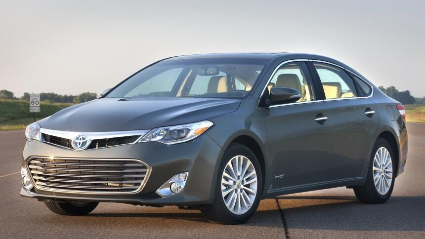 Estos son los autos más confiables de Estados Unidos Toyota-Avalon-2013-...