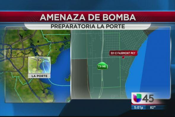 La Preparatoria La Porte tuvo que ser evacuada este jueves luego de una...