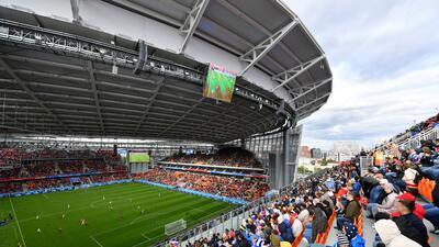 FIFA investiga por qué el Uruguay-Egipto se jugó con miles de asientos vacíos