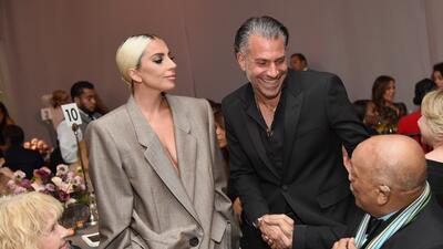 Lady Gaga thanks fiance in speech