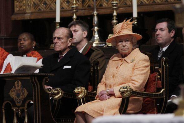 Los mayoría de los gastos de la nupcia serán costeados por la Reina y el...