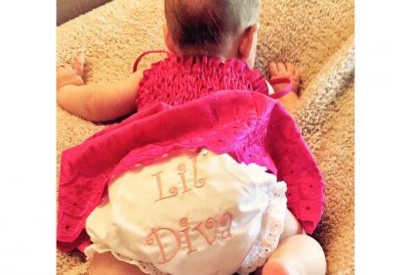 Esta fue la primeta imagen que la rubia compartió de su nena, pero nos d...