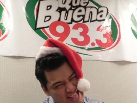 Ya llegó la navidad a La Qué Buena 93.3 y para sus djs es...