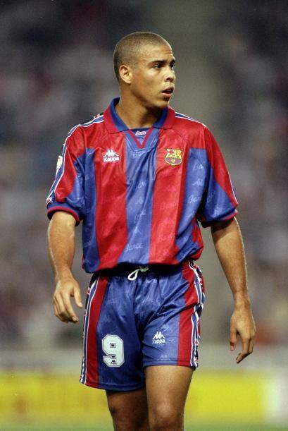 Todo un clásico de la historia del fútbol, el brasileño Ronaldo también...