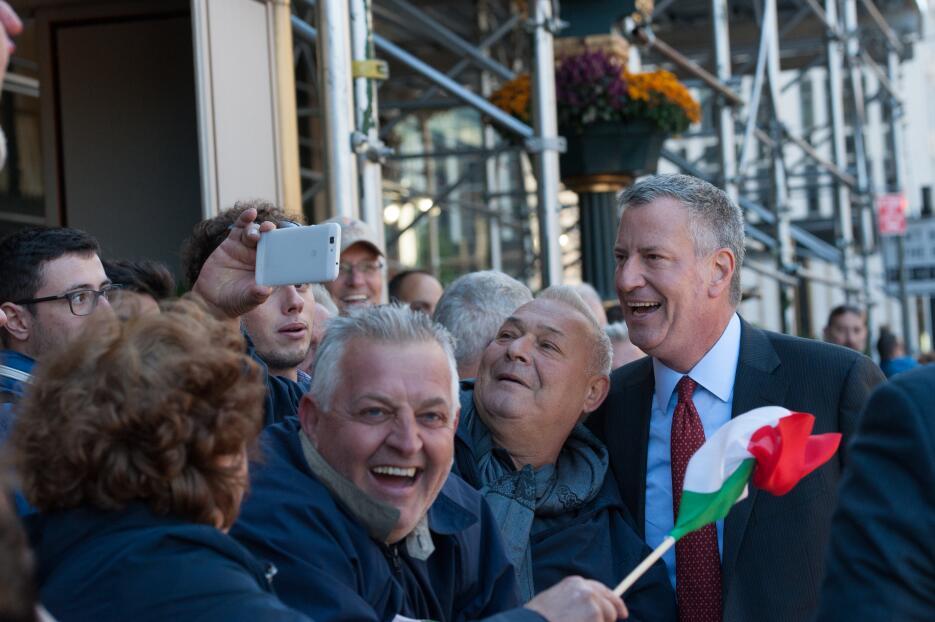 No faltó la foto con el alcalde de la ciudad de Nueva York, Bill de Blasio.