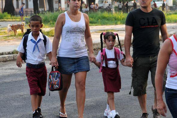 El gobierno de Raúl Castro ha cambiado algunas politícas en Cuba que han...