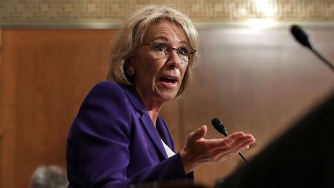 La audiencia de Betsy DeVos, nueva secretaria de Educación, fue h...