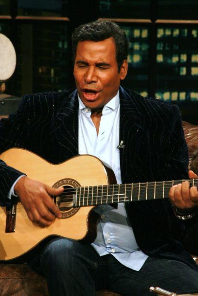 Julio aprovechó su presencia para cantar un poquito.