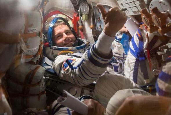 Pulgares arriba para @ JeriLRyan, desgraciadamente mi nave espacial es m...