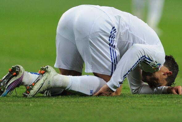 Después de sus tres goles, el Bernabéu enmudeció cuando lo vio en el cés...