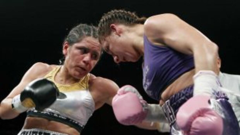 'Rusita' Rivas venció por decisión unánime a Celina Salazar (Foto: Zanfer).