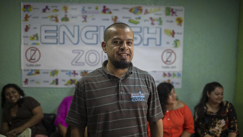 Frank Ticas fue deportado a El Salvador cuando tenía 24 años, en el año...