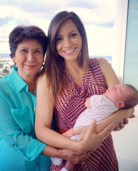 Llegó el miércoles 6 de agosto y Satcha agradeció a su mami por estar a...