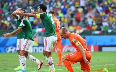 Gracias al pena máxima, Holanda eliminó al Tri en los octa...