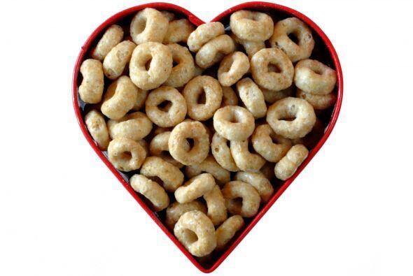 Cereales integrales: Siempre que sean bajos en azúcares, los cereales in...