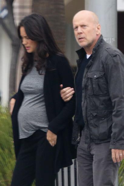 El lado paternal del actor  salió a flote, pues Emma fue cuidada por él...