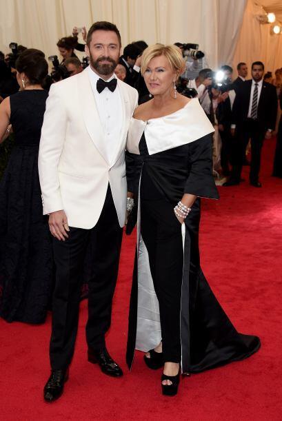 Hugh Jackman es uno de los galanes que sabe perfectamente cómo vestir pa...