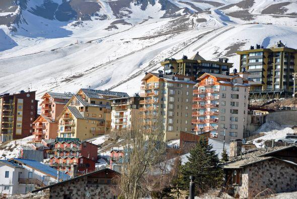 El centro de esquí de El Colorado es un destino para algunos priv...