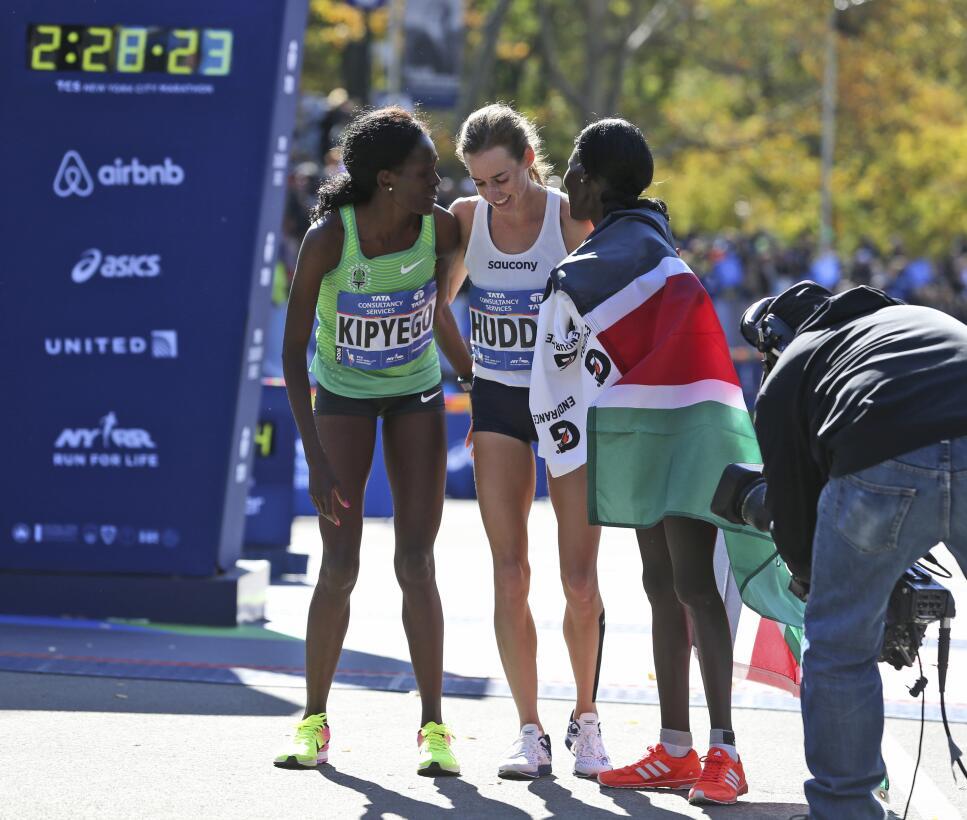 Maratón de Nueva York, entre el color y la competencia AP_16311650166110...