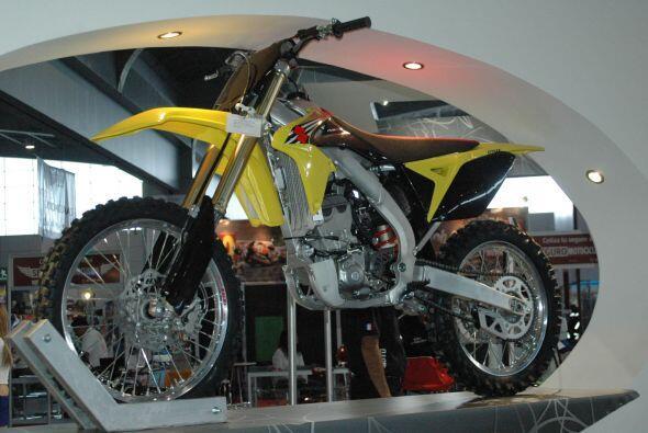 Suzuki fue otra de las marcas presentes en el Salón Internacional de la...