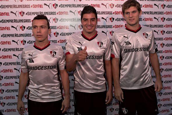 .También el Atlas presentó su tercer uniforme de cara al Clausura 2015,...