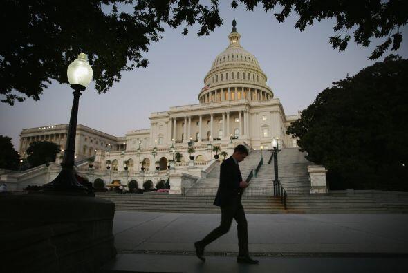 El Congreso de Estados Unidos no alcanzó un acuerdo y este martes la adm...