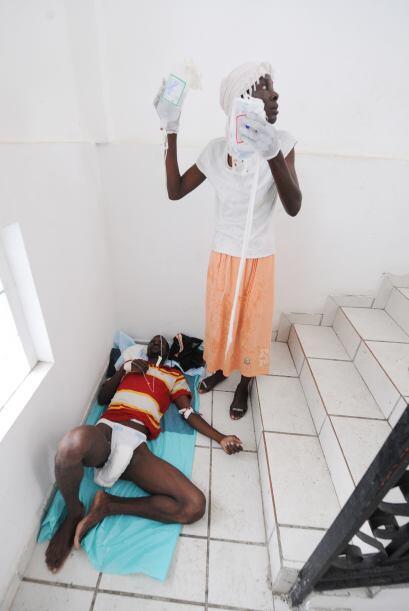 El Ministerio de Salud ha confirmado 194 muertes y un total de 2,364 cas...