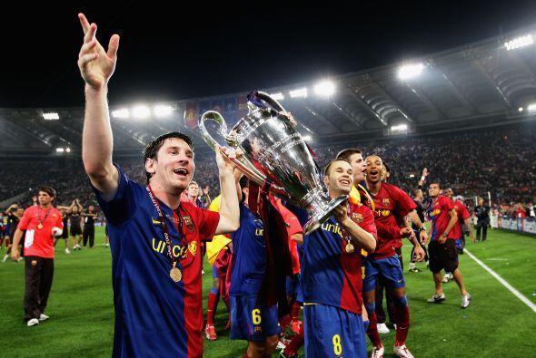 Messi culminó así un año inolvidable, en el que demsotró ser el mejor fu...