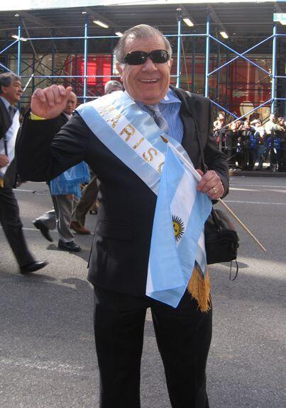Gilberto Godoy de WADO 1280 fue nombrado el Mariscal de la comunidad Arg...