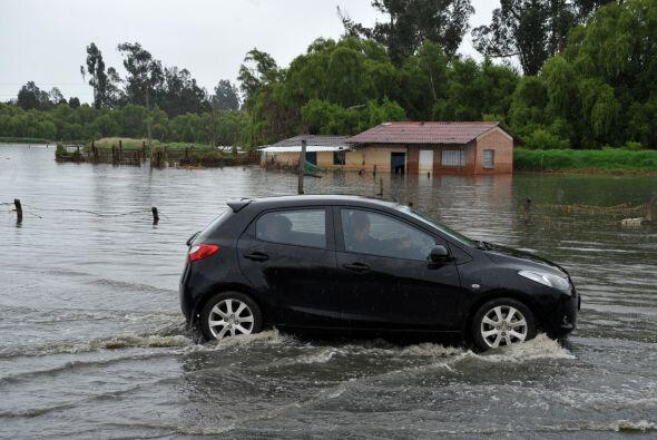 Algunos expertos señalan que 'Colombia sufre la peor temporada de lluvia...